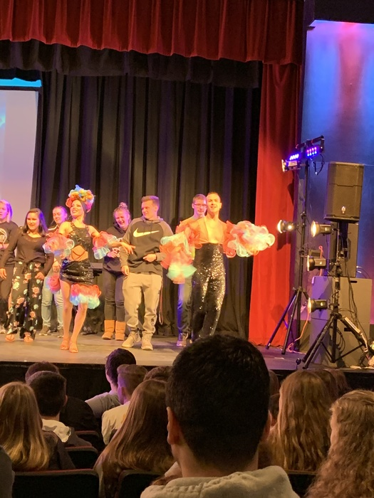 Students invited on stage during Hispanic Flamenco Ballet 2019